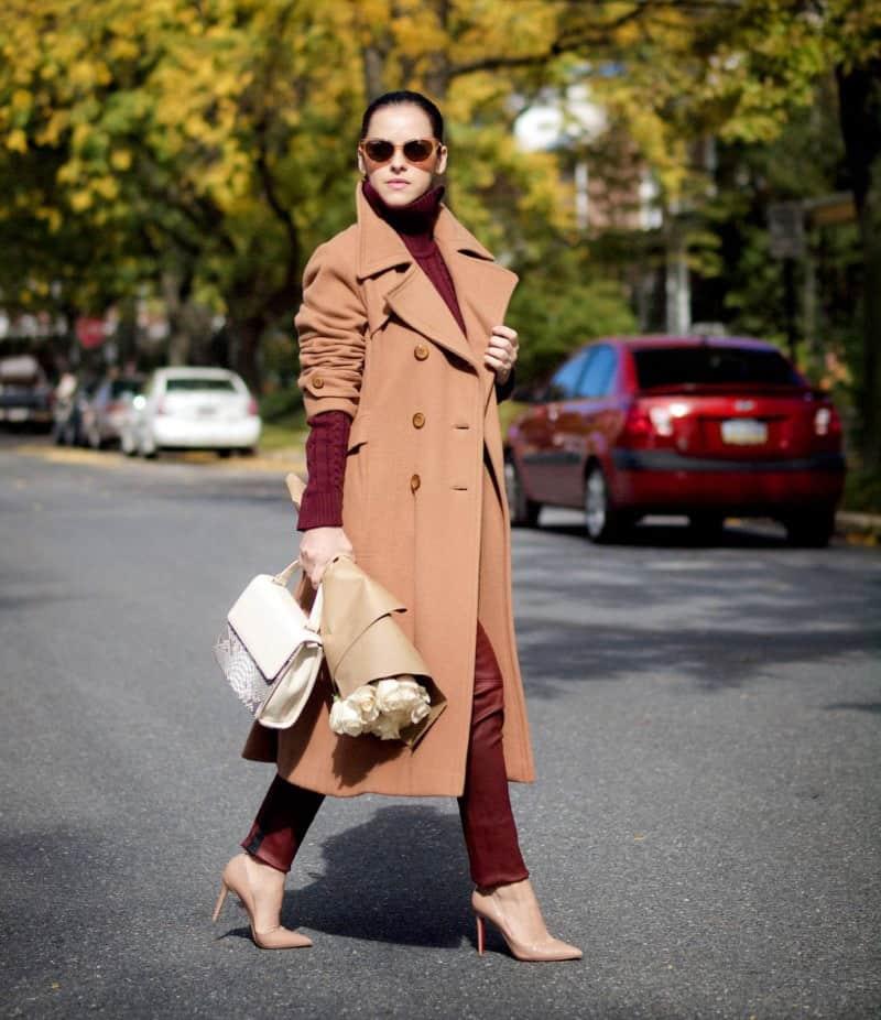 ست کردن لباس زنانه