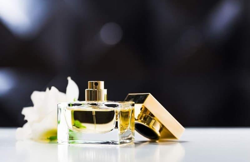 عطر زنانه - عطر بهاری