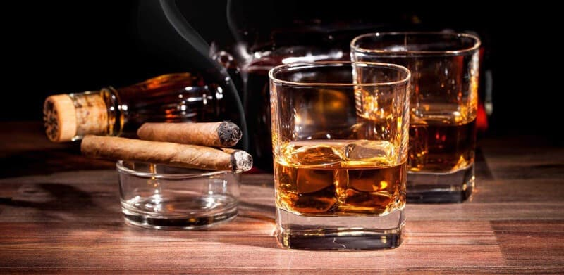 مصرف الکل و دخانیات مضر برای فشار خون بالا