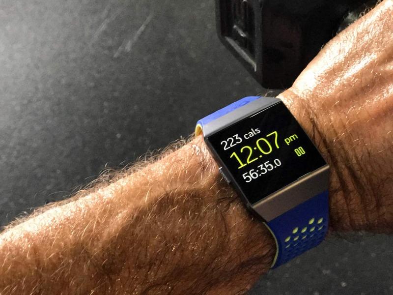 معرفی Fitbit یونیک 7