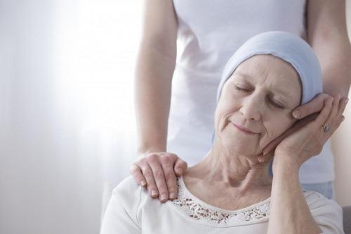 اثر ژنتیک و سابقه خانوادگی در سرطان سینه