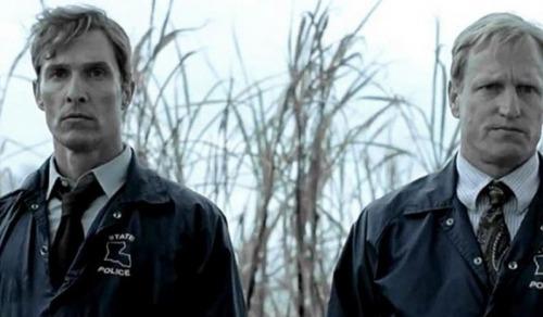 کارآگاه حقیقی یک سریال موفق تلویزیونی آمریکایی به سبک آنتولوژی است.