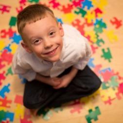 ۵ رویکرد نوآورانه برای بهبود اوتیسم کودک دلبندتان و تغییر در آینده او