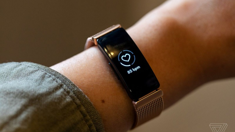 مچ بند هوشمند Fitbit Inspire HR