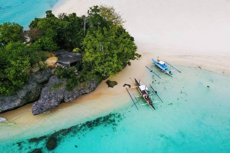 ساحل زیبای جزیره بوراکای در فیلیپین یکی دیگر از زیباترین مکان های جهان