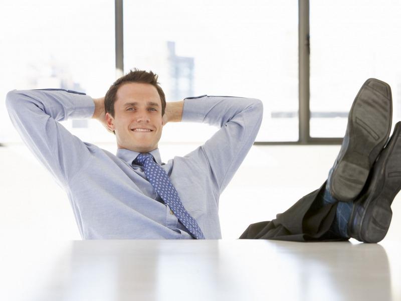 مضرات اعتیاد به کار و بودن با همکاران