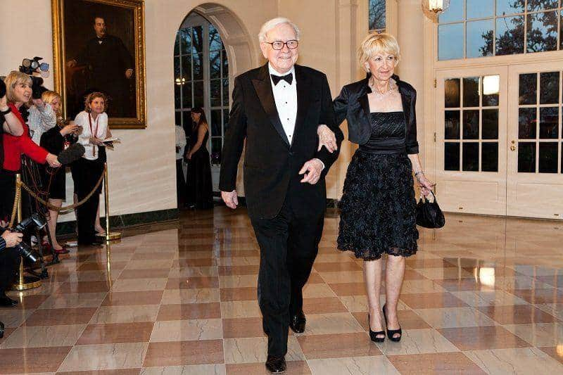 وارن بافت و همسرش استرید منکس