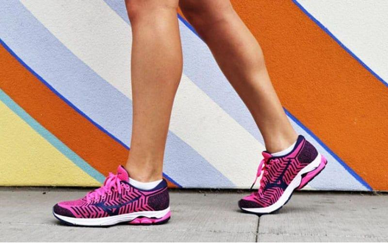 کفش ورزشی mizuno