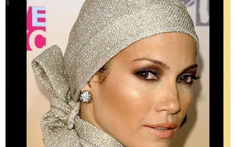 جنیفر لوپز با حجاب