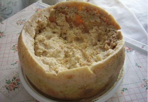 پنیر مارگوت غذای چندش آور ایتالیا