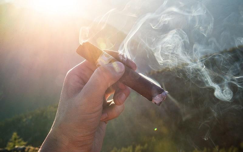 تاریخچه پیدایش سیگار و توتون و تنباکو